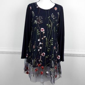 NWT Highness Brand embroidered long tunic